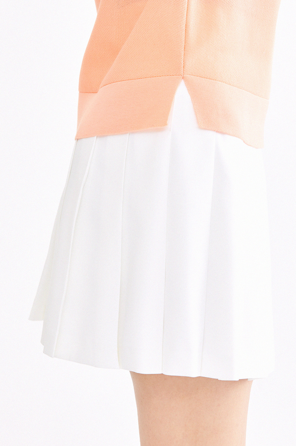 Dry Pleated Skirt
