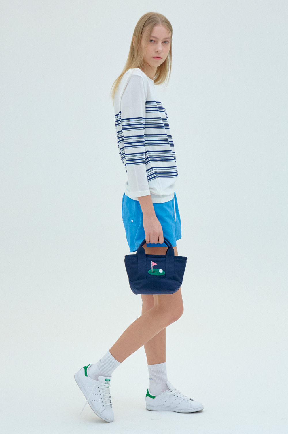clove - Canvas Tote Bag (Navy)