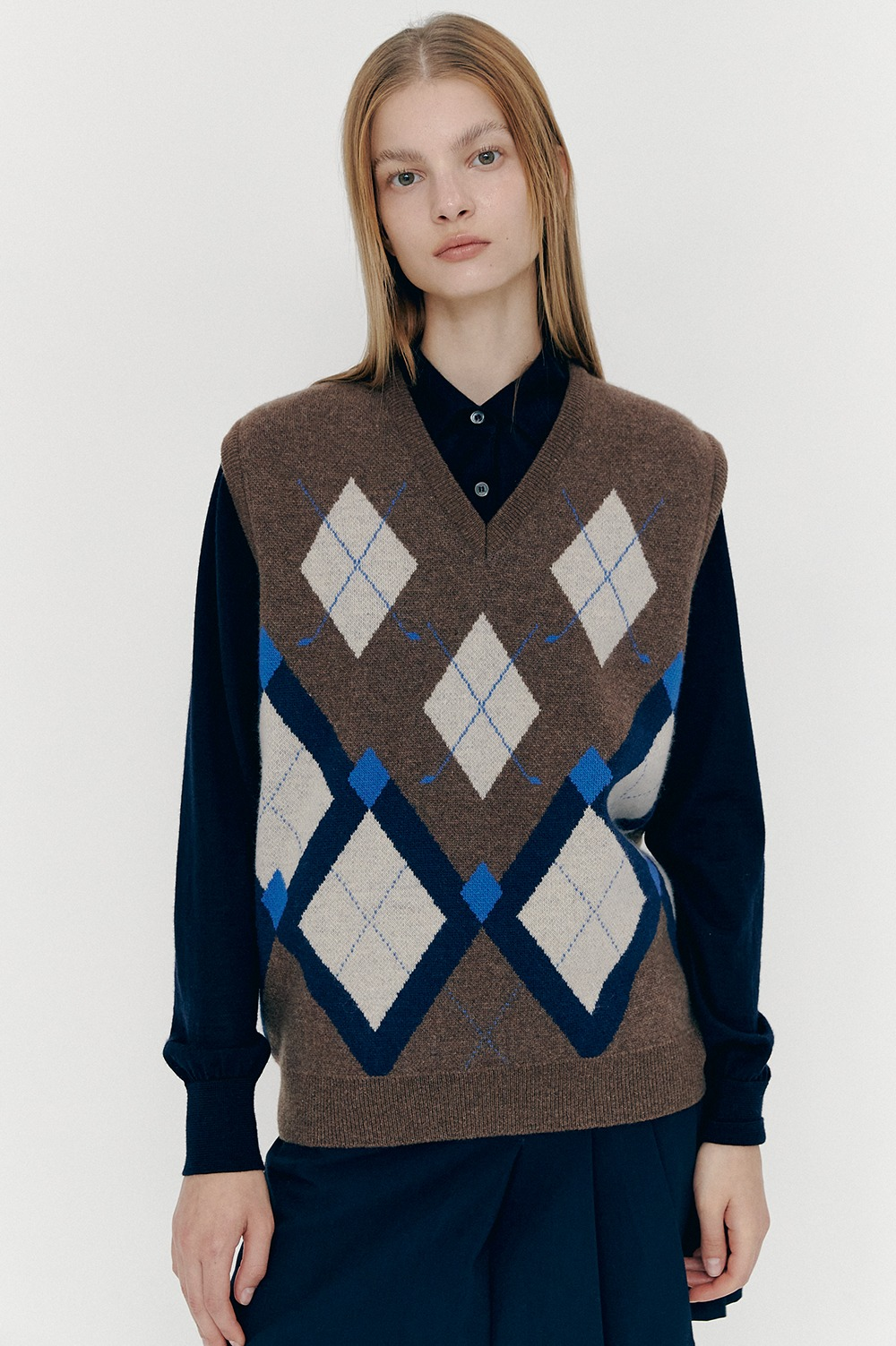 [12/10(목) 예약배송][FW20 CLOVE] Argyle Knit Vest (Brown)